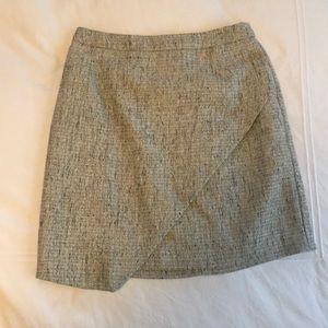 Tweed skirt with metallic details